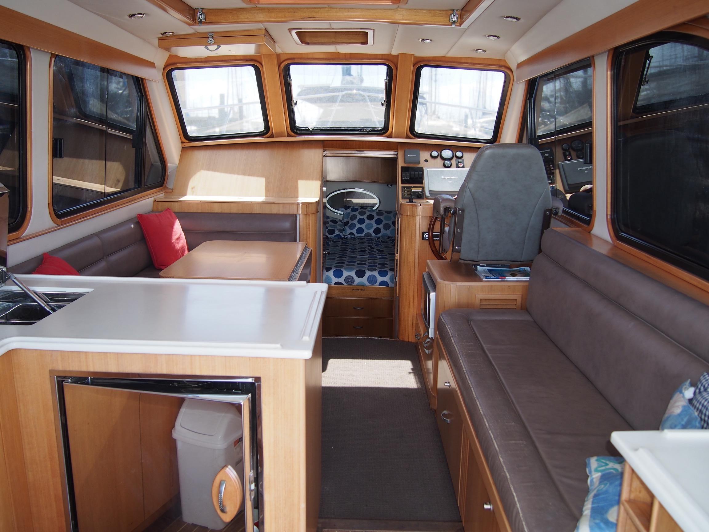 Custom Aluminium Cruiser/Picnic Day Boat/Gentlemen's Cruiser